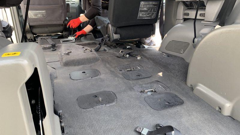 福祉車両 ヴォクシー 後退防止ベルトの故障・交換