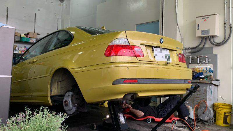 BMW 318Ciリアブレーキローター交換