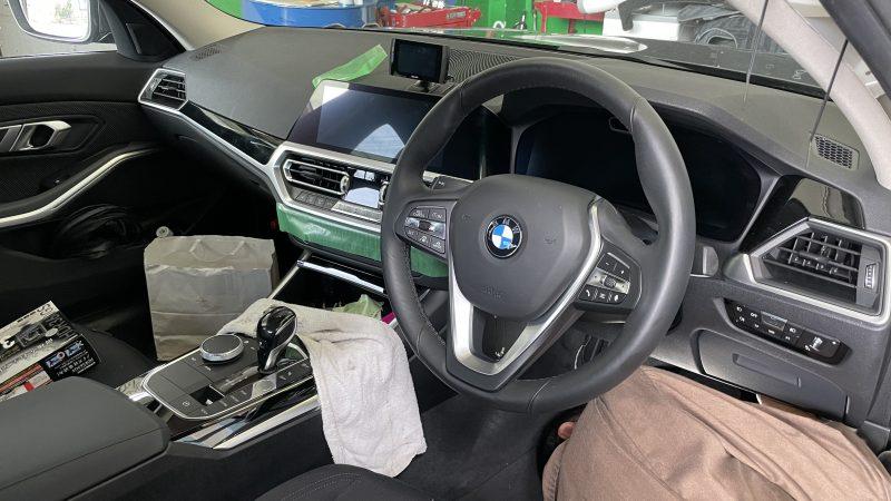 BMW320d 前後ドライブレコーダー・レーダー取付け